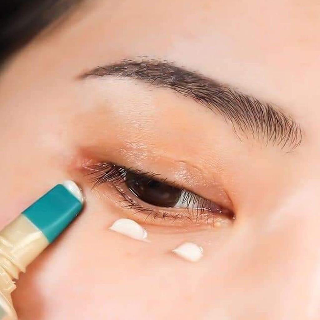 kem-dưỡng-mắt-AHC-xanh-30ml-1